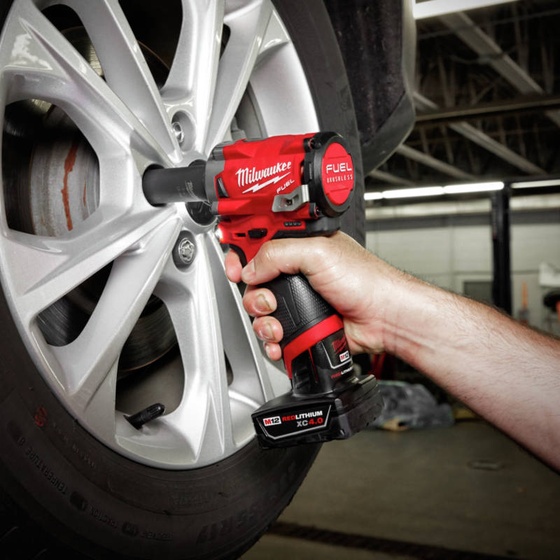 M18 FUEL Stubby Impact Wrench delivers up to 250 ft-lbs. nut-busting torque