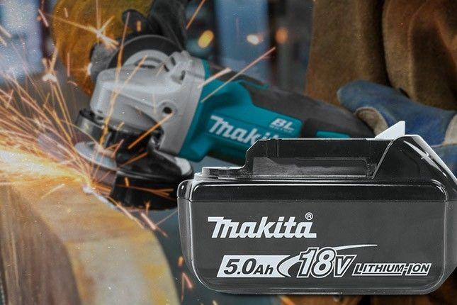 FREE Makita 18V LXT 5 Ah Battery